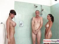 Sex dusche nackt der frauen unter JessicaKornfeld ⋆